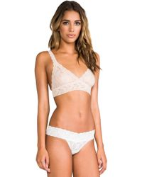 Hanky Panky Signature Lace Crossover Bralette - Lyst