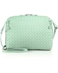 Bottega Veneta Small Woven Crossbody Bag green - Lyst
