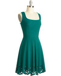 Mystic Fashion Eyelet Getaway Dress in Forest - Lyst