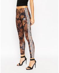 Adidas | Leggings In All Over Camo Leaf Print With 3 Stripes | Lyst