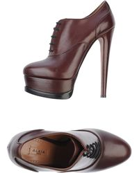 Alaïa Brown Lace-up Shoes - Lyst