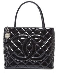 Chanel Pre-owned Black Patent Leather Medallion Tote Bag - Lyst