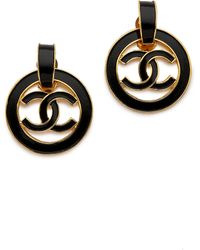 What Goes Around Comes Around Vintage Chanel Enamel Cc Circle Earrings - Gold - Lyst