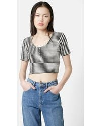 Topshop Short Sleeve Henley Crop Top black - Lyst
