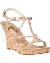 MICHAEL Michael Kors Cicely Wedge Sandal Nude Patent beige - Lyst