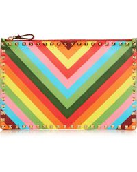 Valentino The Rockstud Printed Leather Pouch - Lyst