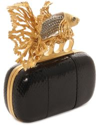 Alexander McQueen Jeweled Fish Glossy Ayers Short Knuckle Box Clutch - Lyst