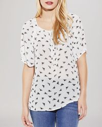 Two By Vince Camuto - Vince Camuto Busy Bee Peasant Top - Lyst