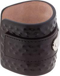 Alexander McQueen Black Stippled Leather Cuff - Lyst