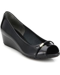 Cole Haan Tali Open-Toe Low-Heeled Patent Leather Wedges black - Lyst