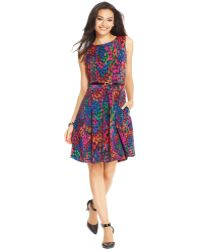 Ellen Tracy Sleeveless Printed Pleated Dress - Lyst