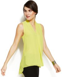 Vince Camuto Sleeveless Inverted-Pleat Blouse - Lyst