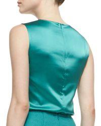 St. John Collection Sleeveless Crewneck Blouse Verde - Lyst
