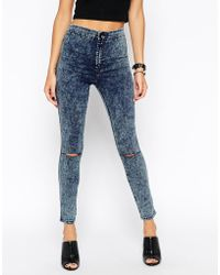 Asos Rivington Ankle Grazer In Blue Acid Wash With Ripped Knees - Lyst