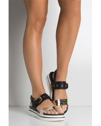 AKIRA - Beat The Heat Flatform Sandal - Lyst