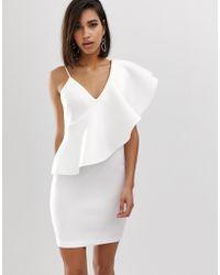 1d56c722e29f Lavish Alice - Vestitino monospalla con volant accentuato in tessuto scuba  bianco - Lyst