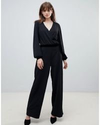 b3e98175320 Boohoo Strappy Cami Luxe Satin Wide Leg Jumpsuit in Metallic - Lyst