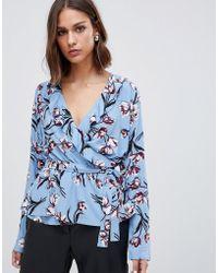 Minimum - Floral Twist Front Blouse - Lyst