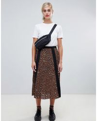 Stradivarius - Leopard Pleat Midi Skirt - Lyst