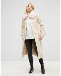 ASOS DESIGN - Vinyl Trench With Faux Fur Collar - Lyst