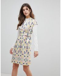 Liquorish - Cap Sleeve Geoprint Dress With D-ring And Attached Belt - Lyst