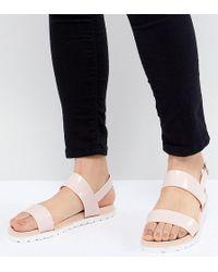 1103b0a0c890d4 London Rebel Criss Cross Flat Sandals - Lyst