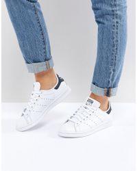 42ba21839c63 adidas Originals - Originals Unisex White And Navy Stan Smith Sneakers -  Lyst