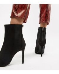 f520b1af02f Truffle Collection Pointed Flat Ankle Boots in Black - Lyst