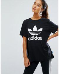 Adidas doppio logo tee in grigio lyst originali.