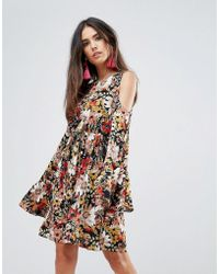 Club L - Printed Skater Dress With Flute Sleeves - Lyst