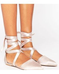 The March - Tie Up Point Flat Shoes - Lyst