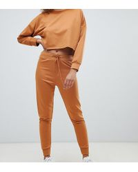 Boohoo - Exclusive Loop Back jogger In Camel - Lyst