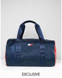 Tommy Hilfiger - Retro Duffel Exclusive To Asos In Navy - Lyst