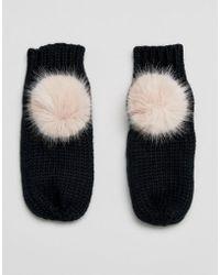 Urbancode - Faux Fur Pom Pom Mittens - Lyst