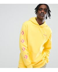 Converse - Pullover Hoodie With Arm Print In Yellow Exclusive To Asos - Lyst