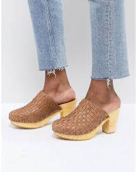 Free People - Adelaide Woven Leather Clogs - Lyst