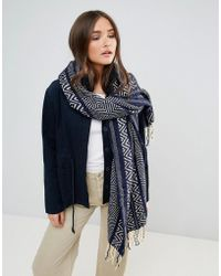 Lavand - Oversized Knitted Scarf - Lyst