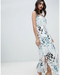 6181d372c74 Missguided Exclusive Petite Lace Tiered Maxi Dress in Blue - Lyst