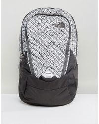 The North Face - Vault Backpack 28 Litres In Grey/chainlink Print - Lyst