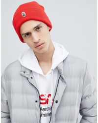 Globe - Knitted Beanie With Patch Front Detail In Red - Lyst
