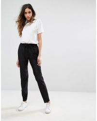 Pieces - Daniella String Joggers - Lyst