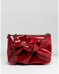 New Look - Patent Bow Chain Shoulder Bag - Lyst