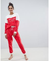 d9d4cdc6abea7 Chelsea Peers - The Snuggle Is Real Fluffy Pajama Set - Lyst
