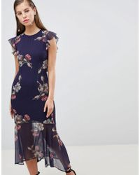 Hope and Ivy - Hope & Ivy Floral Lattice Back Pencil Dress With Ruffle - Lyst
