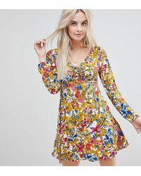 da1f367ce3ab8 Boohoo - Exclusive Petite Open Back Floral Dress - Lyst