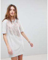 Glamorous - T-shirt Dress With Fringing - Lyst