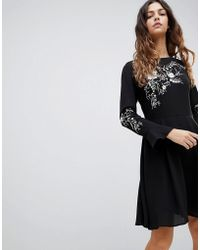 Oasis - Embroidered Dress With Fluted Sleeve - Lyst