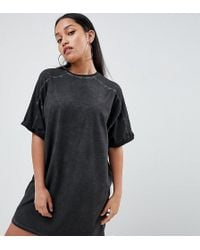 ASOS - Asos Design Petite T-shirt Dress With Rolled Sleeves And Wash - Lyst