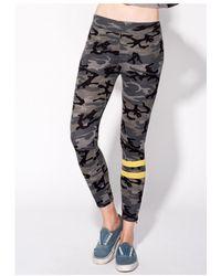 Sundry - Camo Zipper Yoga Trousers - Lyst