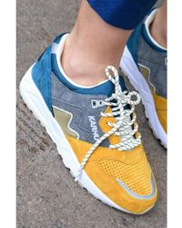 Karhu - Aria Blue Coral & Golden Road Trainers - Lyst